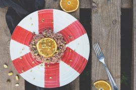 Risotto alla barbabietola rossa con pistacchi e zeste d'arancia