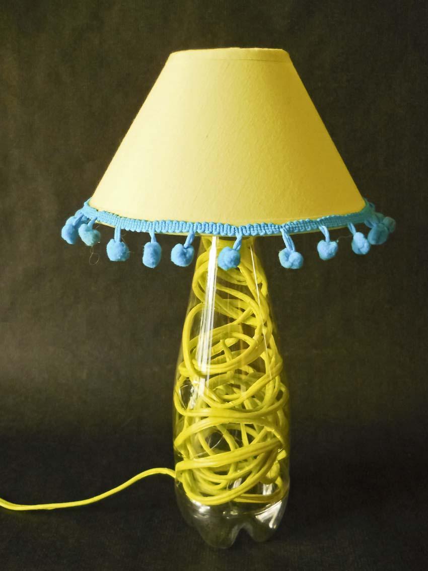 Artisign tutorial realizzare una lampada da tavolo con una bottiglia - Tavolo da fumo fai da te ...