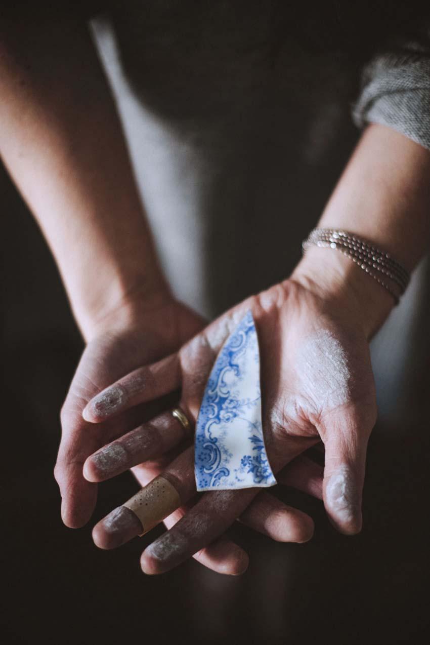 Aspettaevedrai gioielli handmade in ceramica.