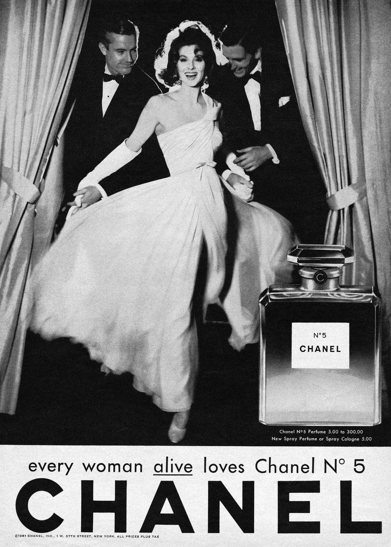 1957, pubblicità Chanel n°5