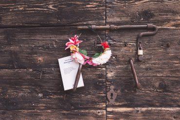 Alda Merini le più belle poesie. Fiore di poesia, la raccolta.