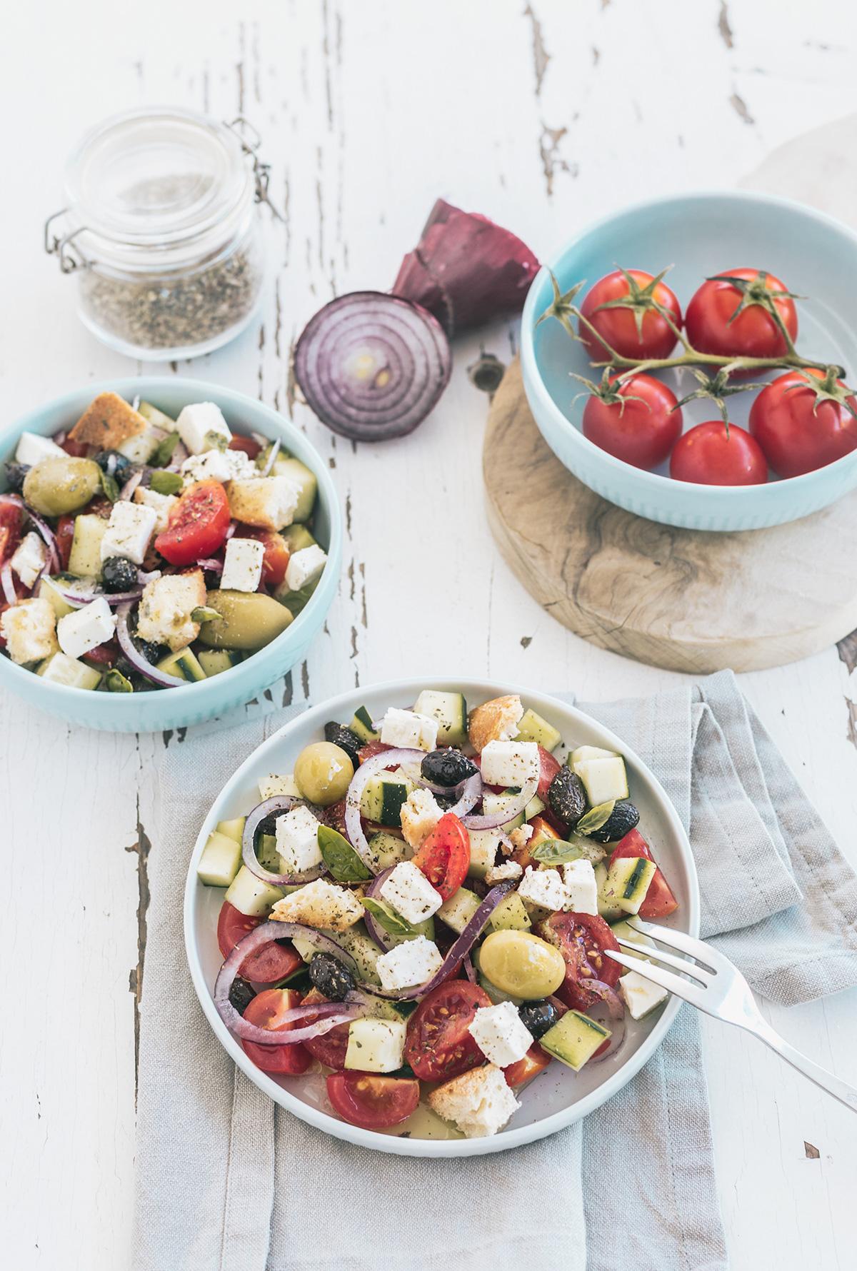 Insalata greca - la ricetta originale, come mi hanno insegnato a Creta