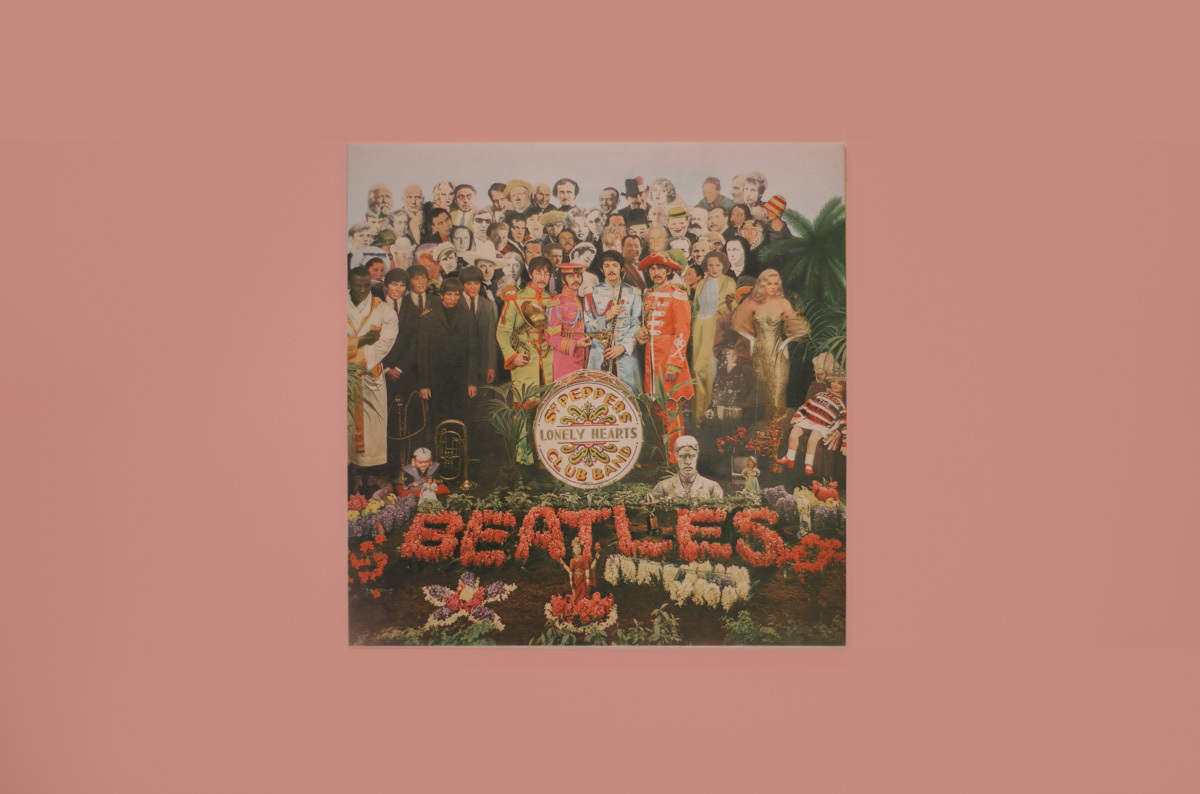 Sgt. Pepper's Lonely Hearts Club Band: storia di una copertina