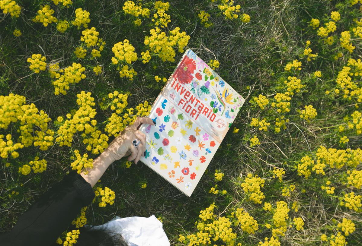 Inventario illustrato dei fiori edito da L'ippocampo Ragazzi